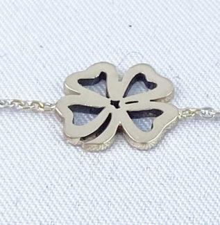 bracelet trèfles à 4 feuilles